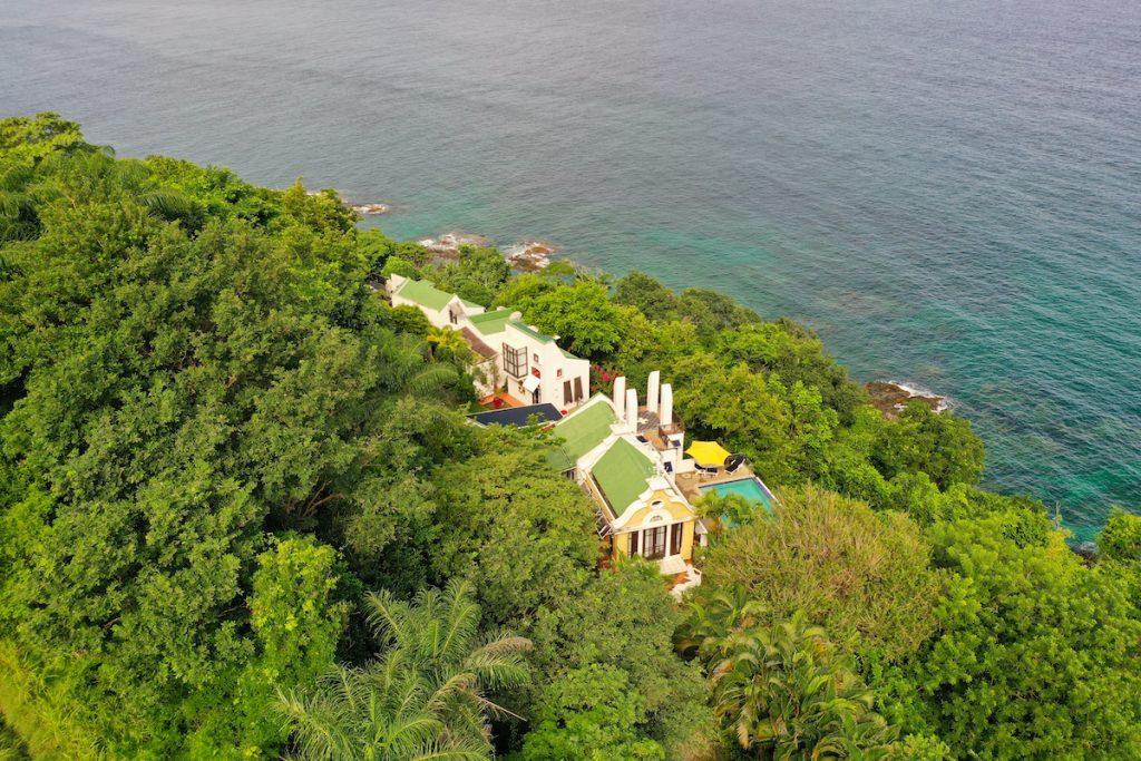 villa being